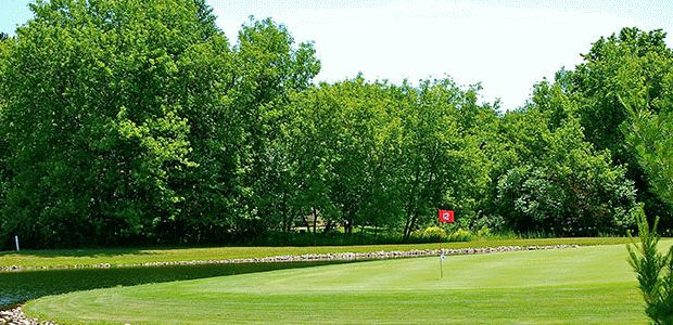 Riverside Golf Club 2