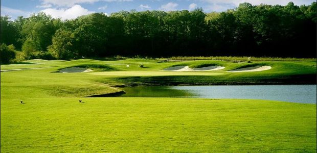 The Hooch Golf Club 1